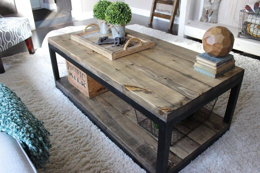 деревянный журнальный стол лофт
