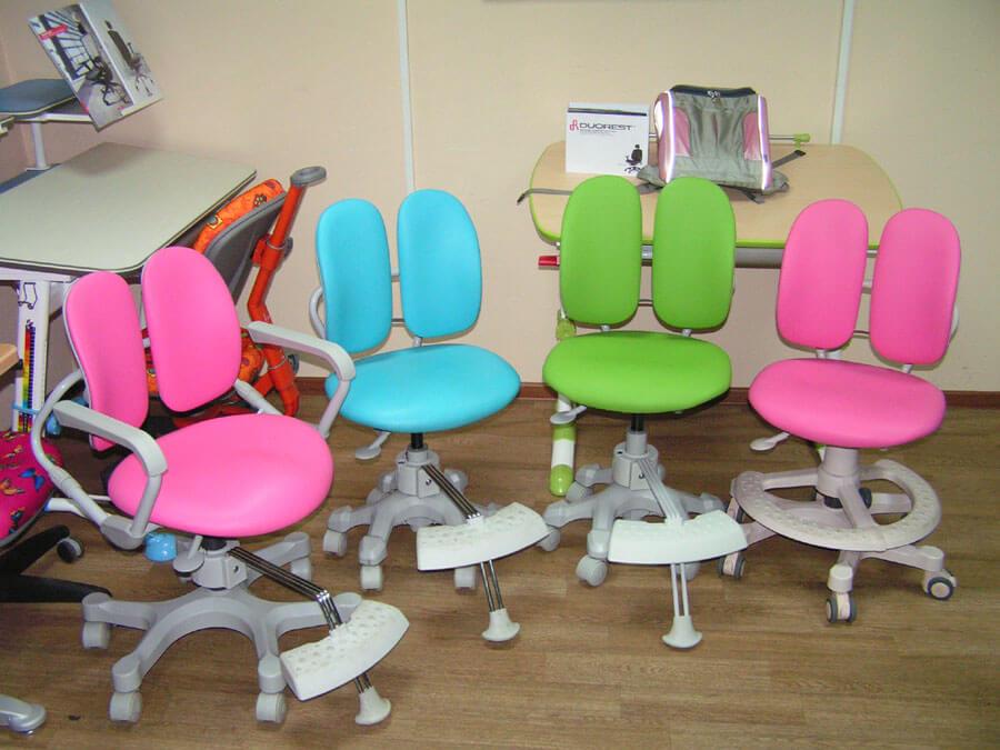 фото детского школьного кресла