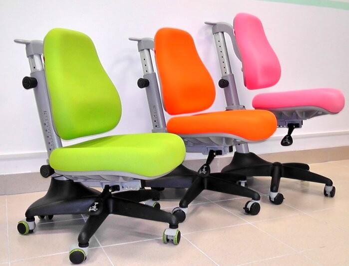 Детское школьное кресло без подлокотников