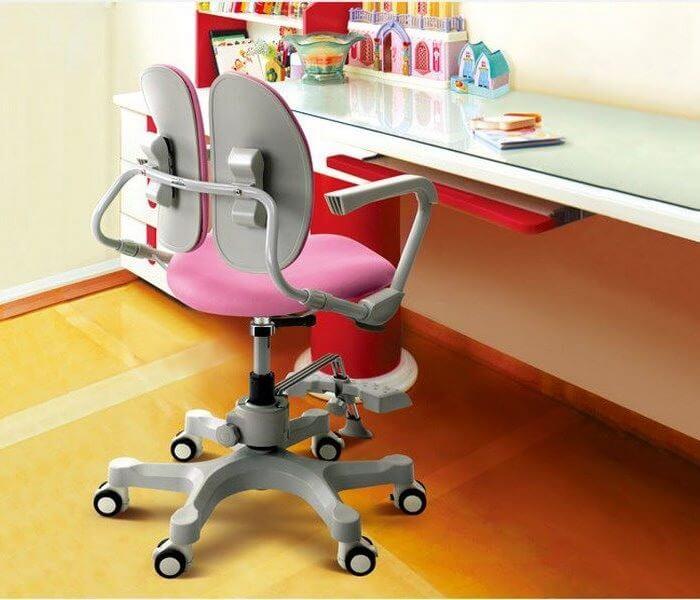 Детское кресло для школьника с двойной спинкой