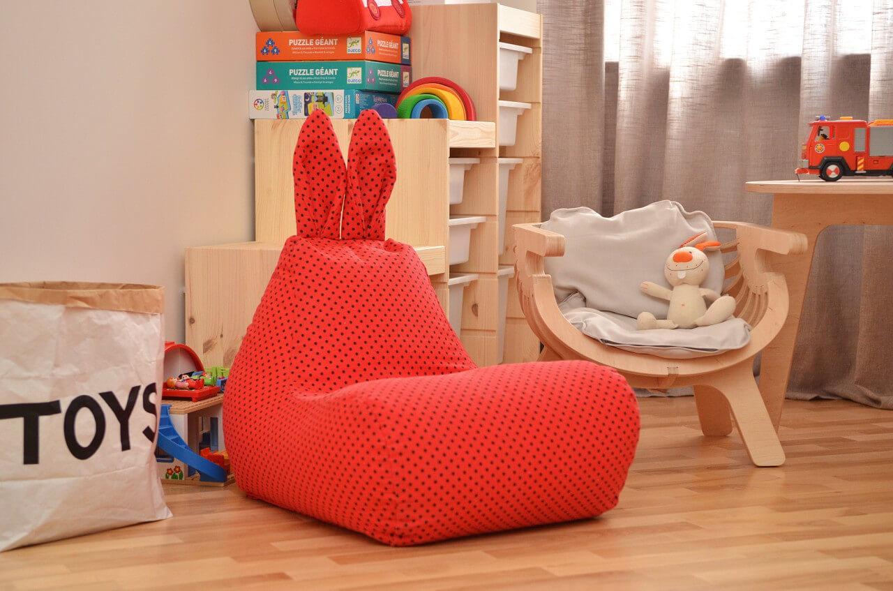 Детское кресло мешок красного цвета с ушками