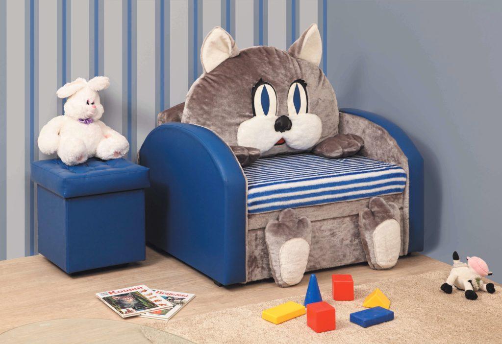Детское мягкое кресло для мальчика