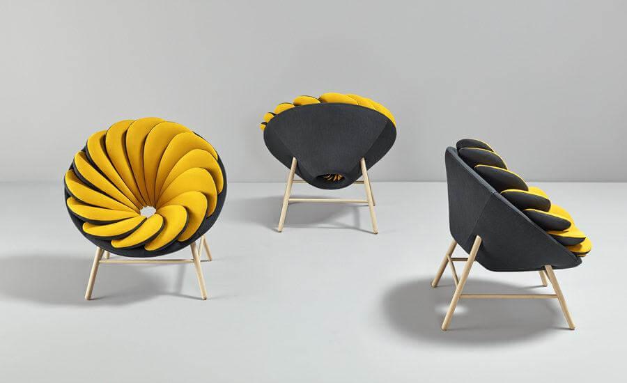 Дизайнерское кресло желтого цвета