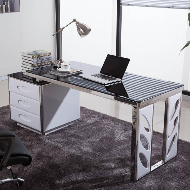 Компьютерный стол со стеклянной столешницей