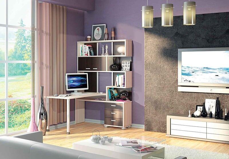 Угловой компьютерный стол в гостиной