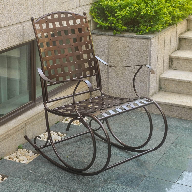 Фото кованого кресла качалки