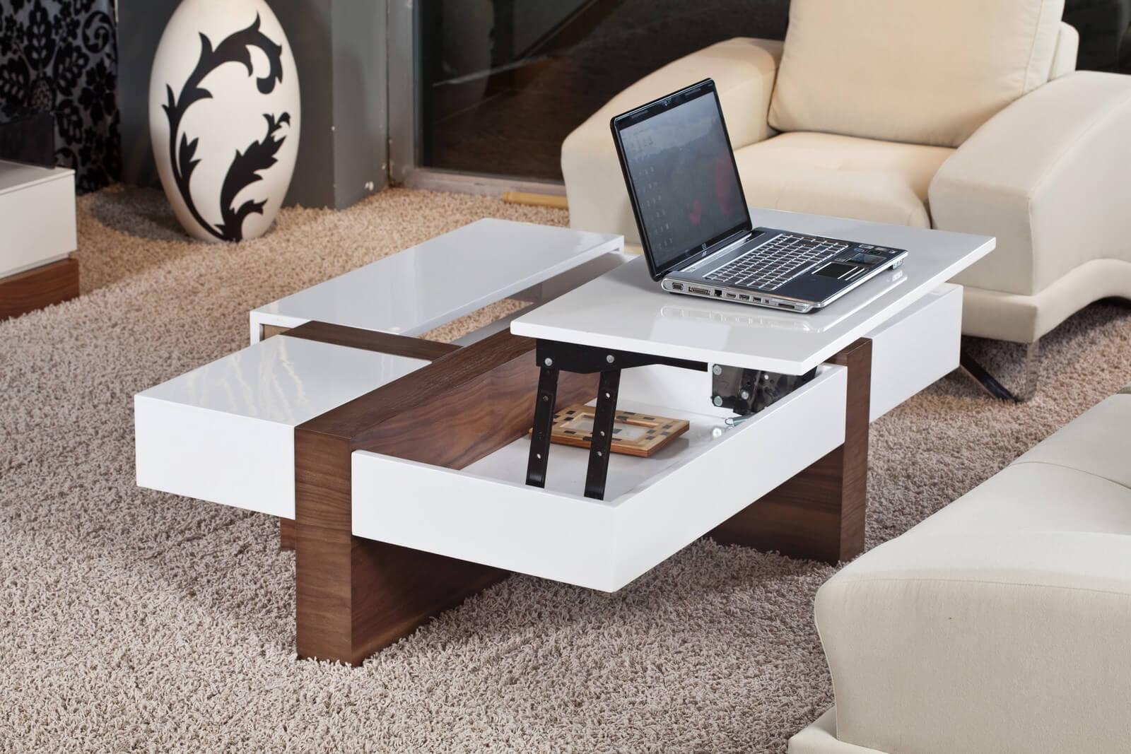 Журнальный стол трансформер в гостиной