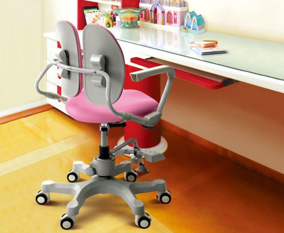 Детское ортопедическое кресло со спинкой из двух симметричных частей