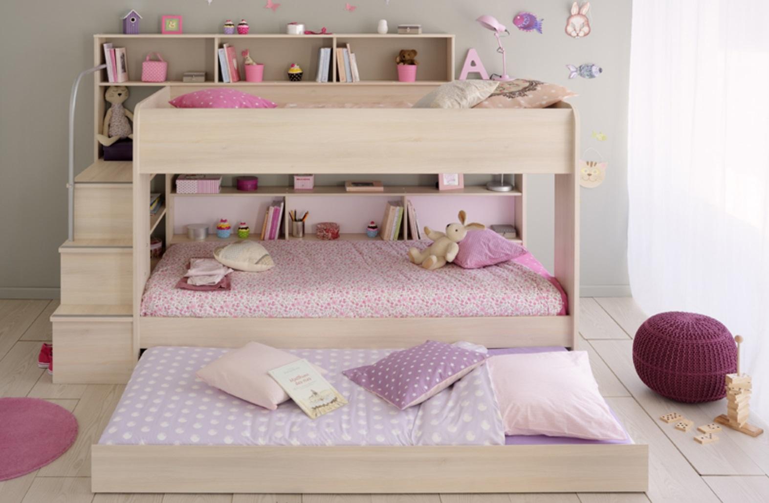 двухъярусная кровать для тройни