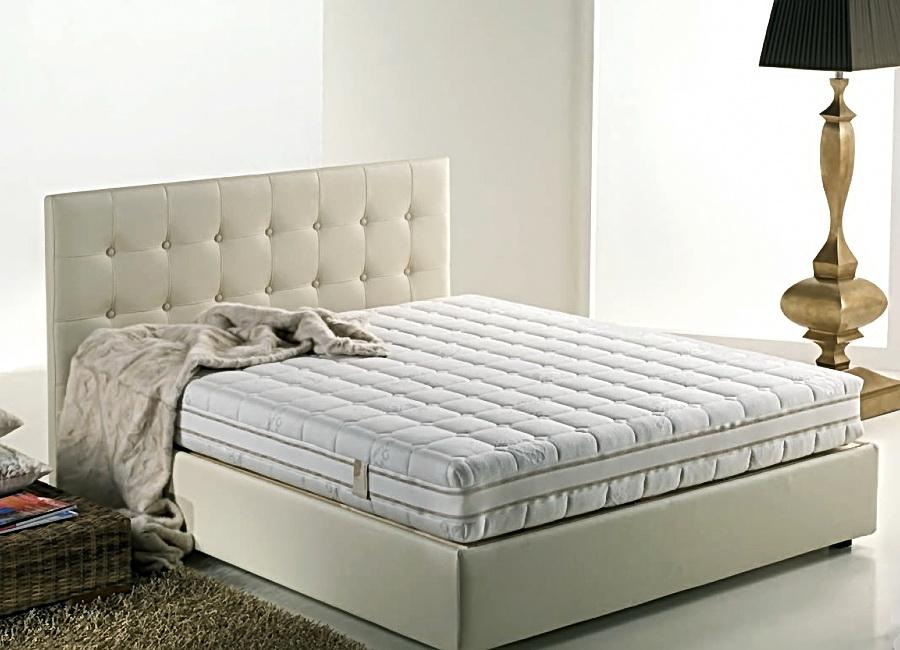 матрац на ліжко