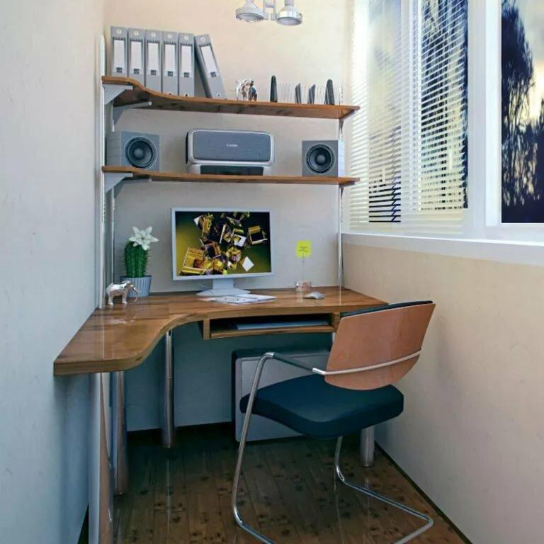 kompyuternyj-stol-na-balkone (12)