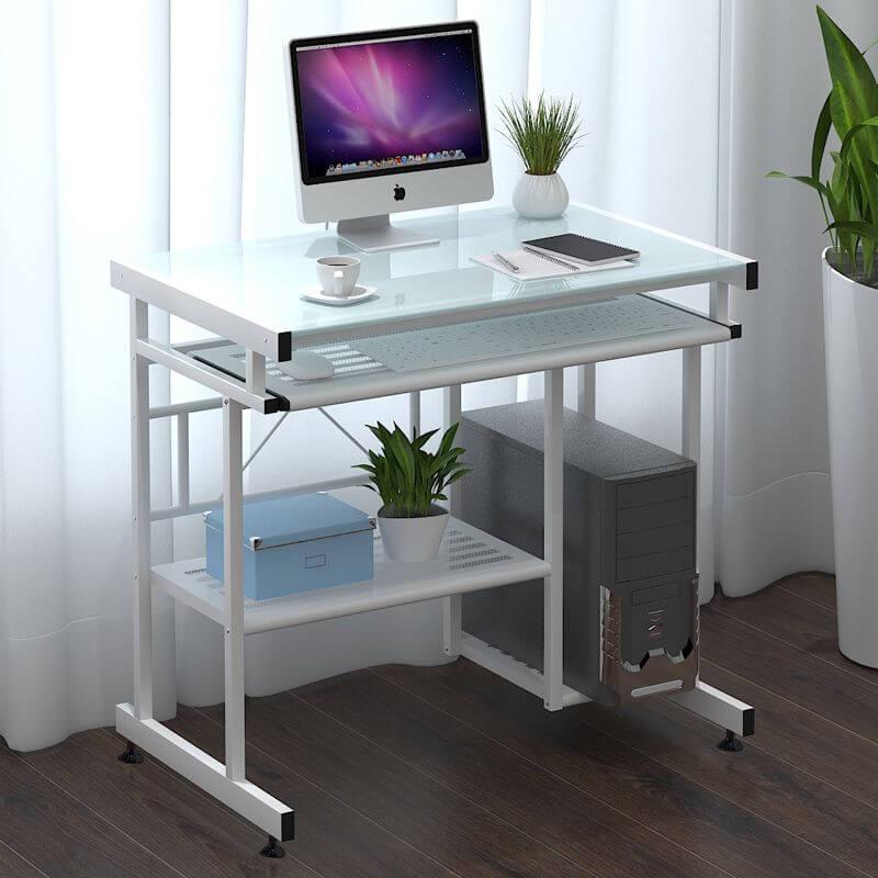 Компьютерный стеклянный стол с полкой под клавиатуру