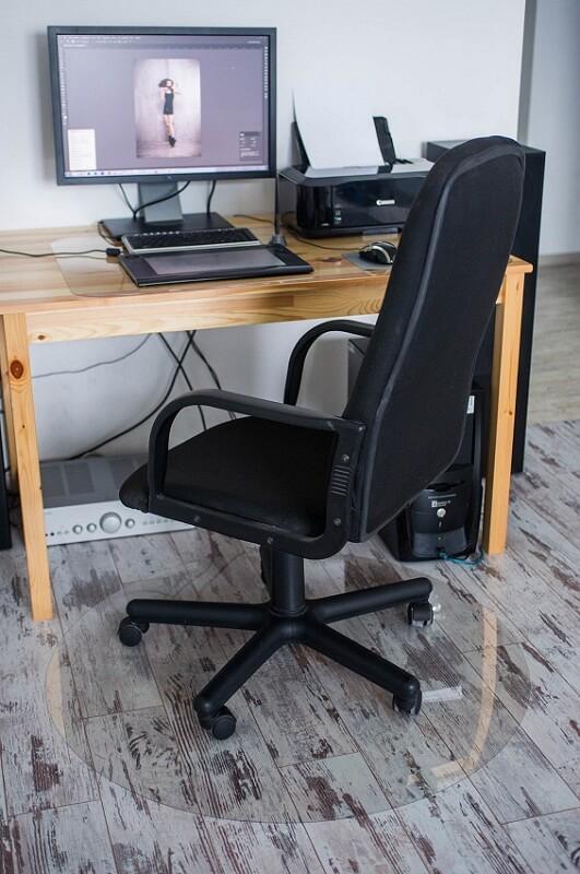 Круглый коврик под компьютерное кресло