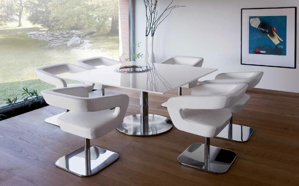 Белые кресла для кухни