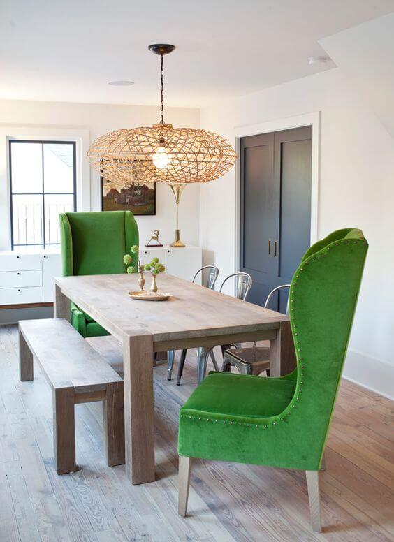 Зеленые кухонные кресла