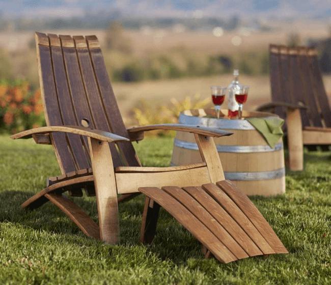 Деревянное кресло для дачи