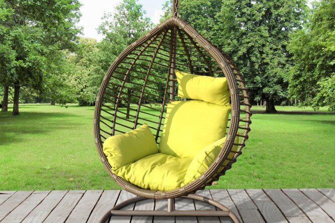 Фото подвесного кресла для дачи