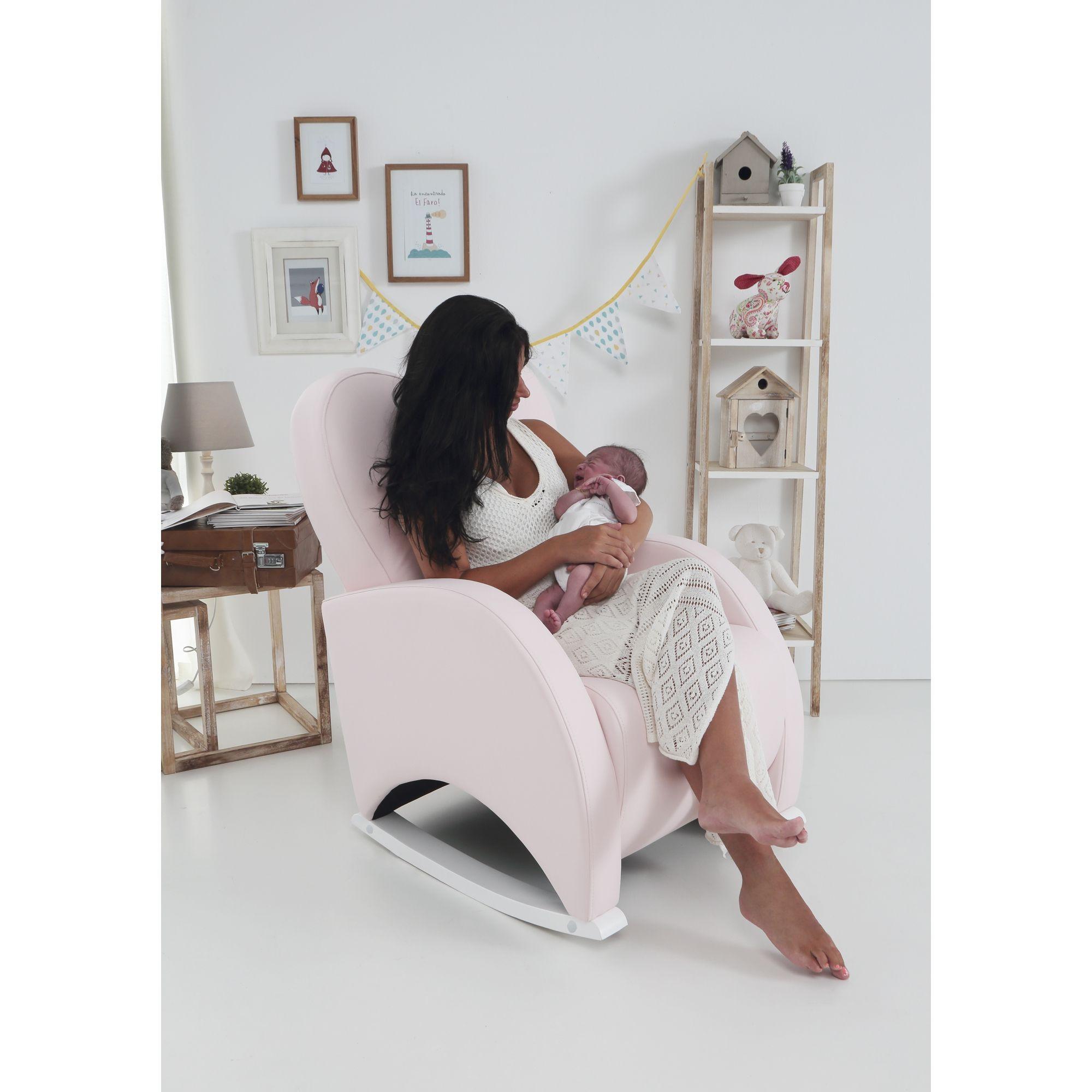 Фото кресла качалки для кормления малыша