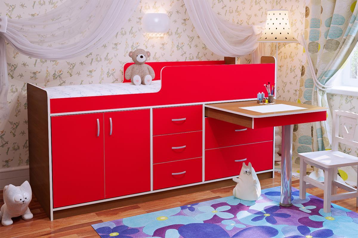 низкая кровать чердак с выдвижным столом