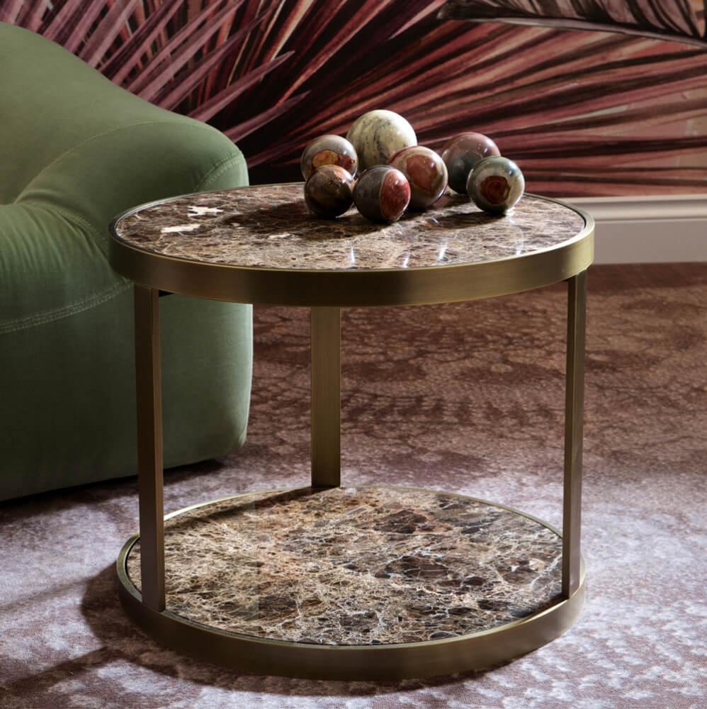 Круглый журнальный столик с каменной столешницей