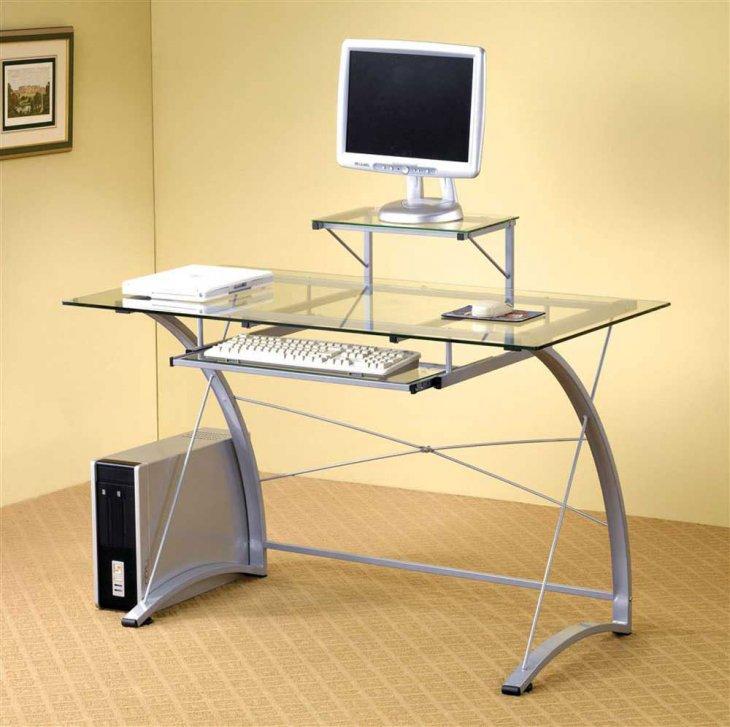Фото компьютерного стола с металлическим каркасом