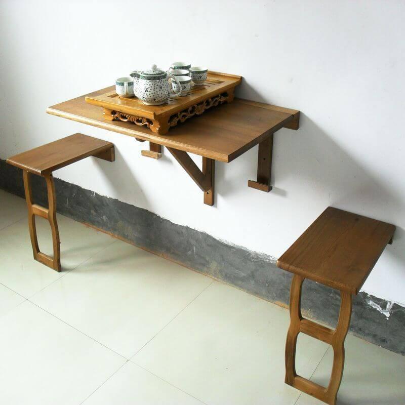 Пристенный кухонный стол из натурального дерева