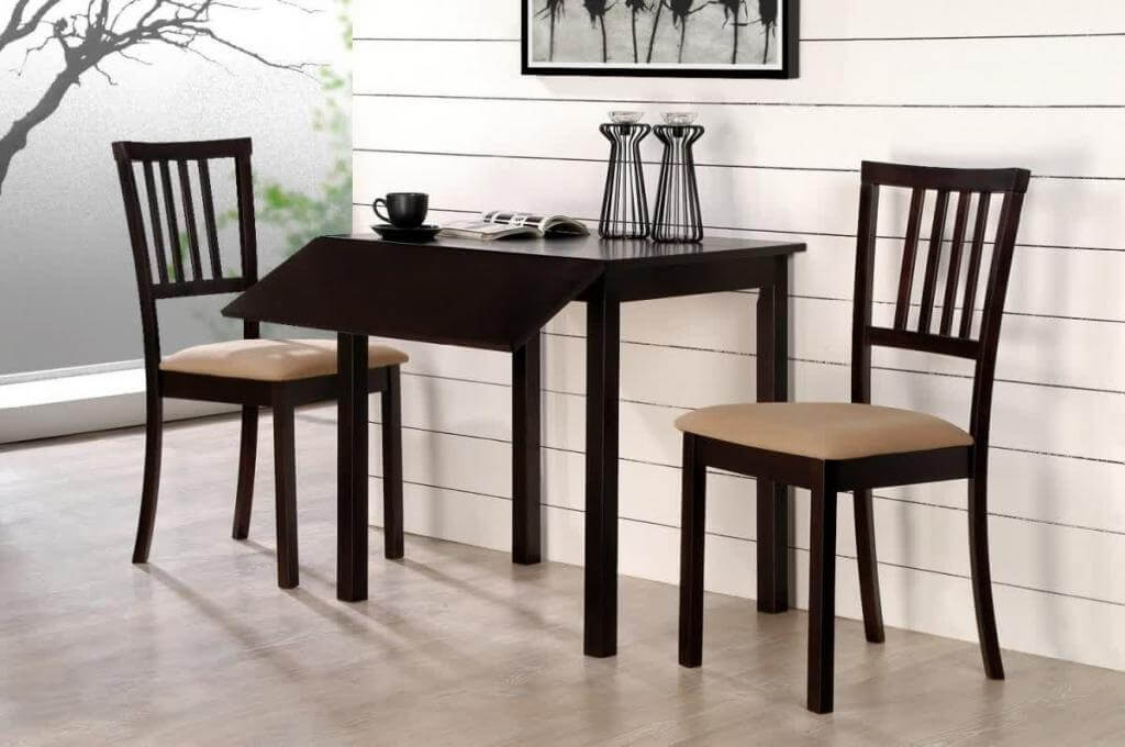 Пристенный кухонный стол коричневого цвета