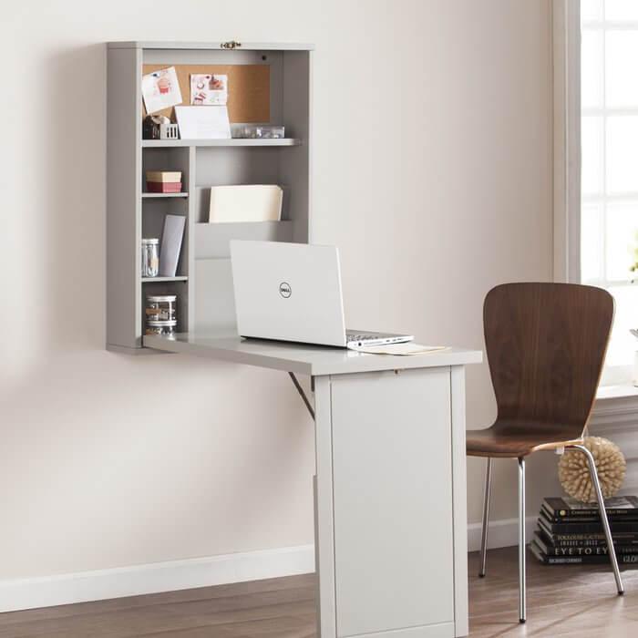 Раскладной компьютерный стол белого цвета