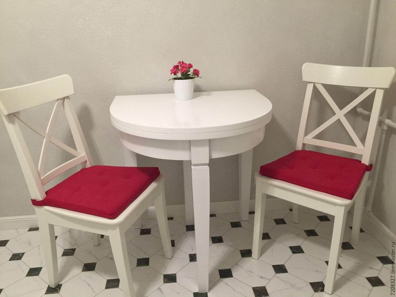 Раскладной стол для маленькой кухни белого цвета