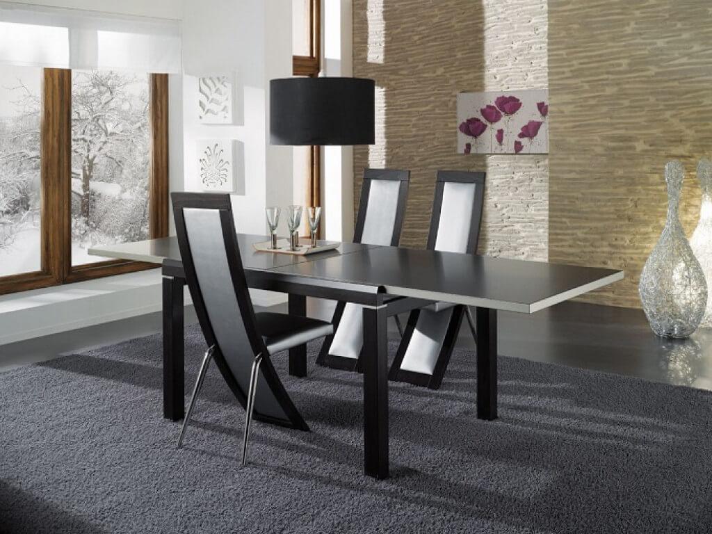 Раздвижной кухонный стол черного цвета