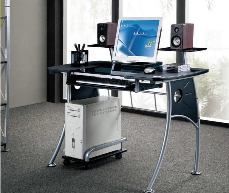 steklyannyj-kompyuternyj-stol (15)