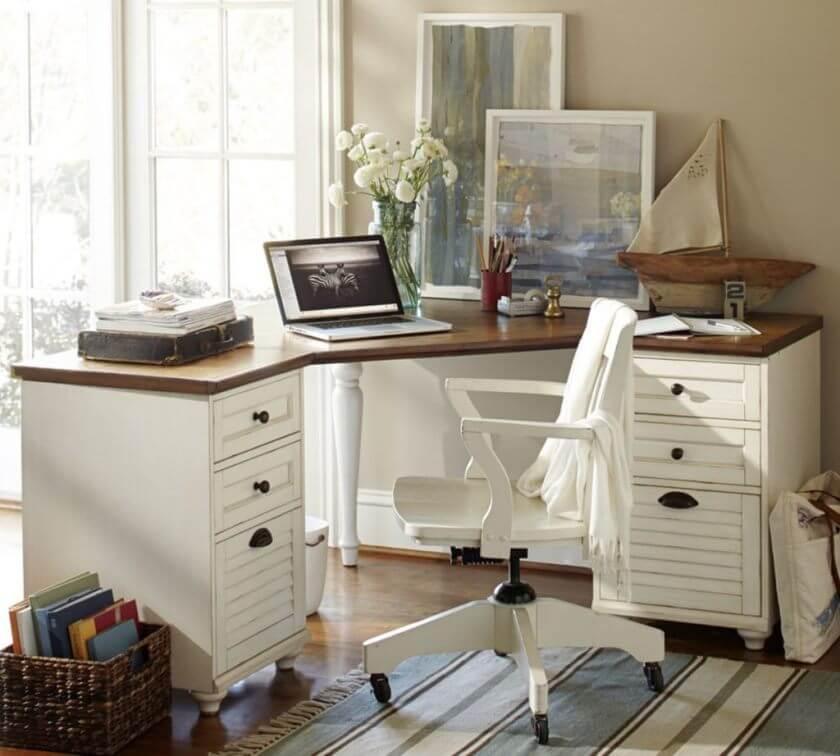 Угловой компьютерный стол белого цвета