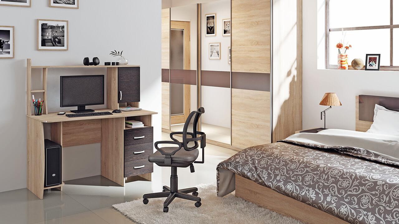 Фото компьютерного стола с надстройкой