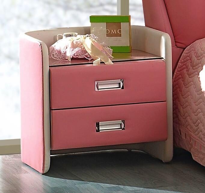 Кожанная прикроватная тумба розового цвета