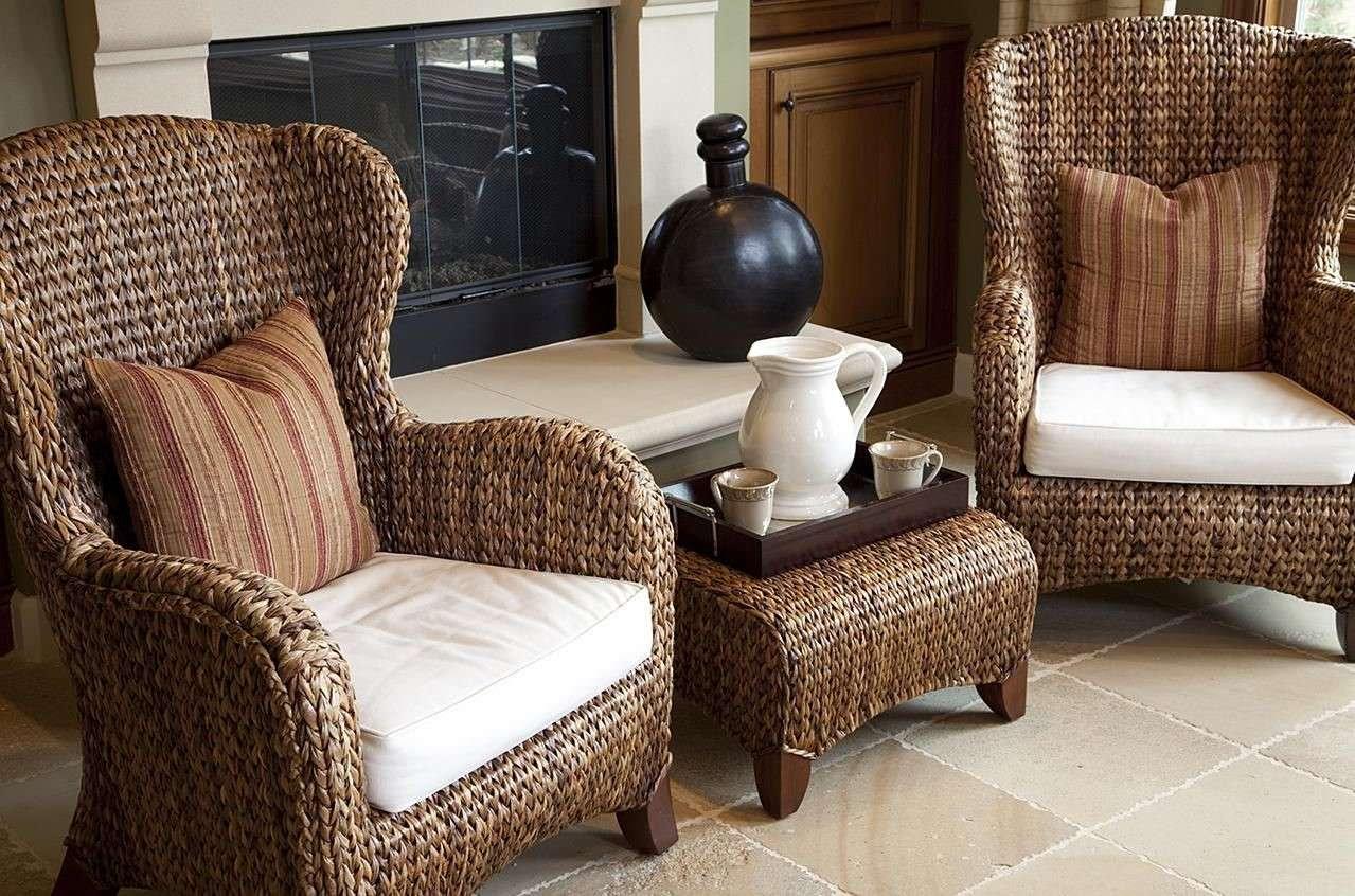 Классическое кресло из ротанга