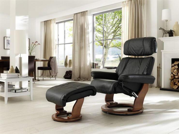 Кресло реклайнер в гостиную