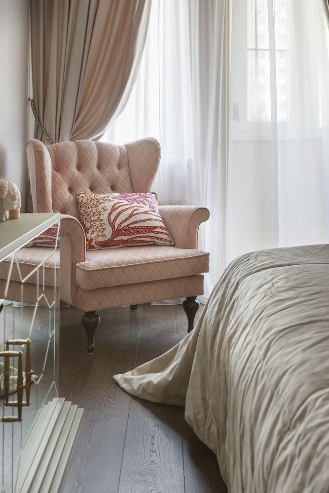 Кресло с ушами в спальню