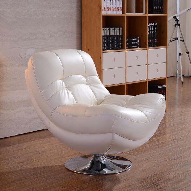 Белое крутящееся кресло