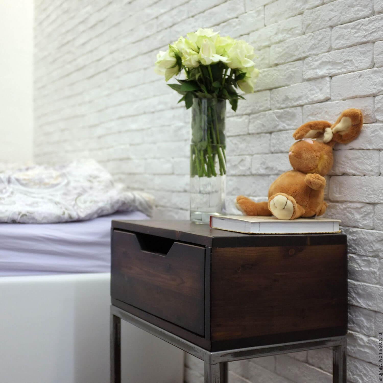 Тумба в стиле Лофт в спальню