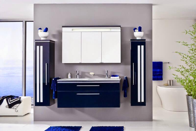 Тумба с двойной раковиной в ванную синего цвета