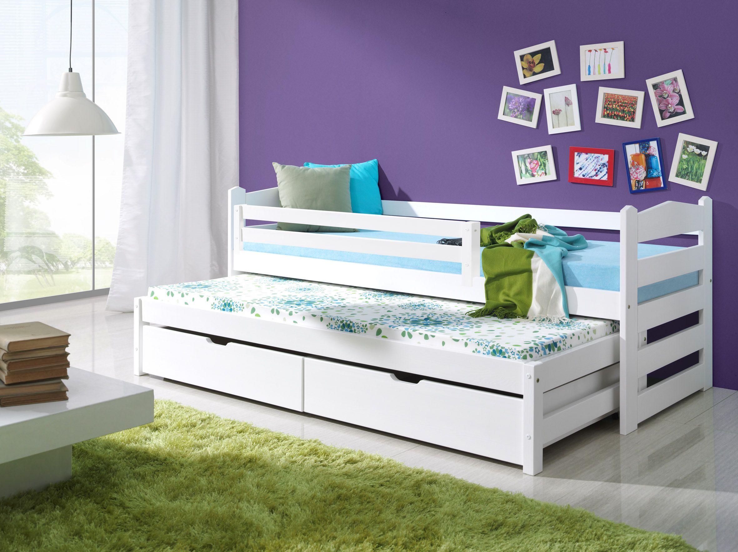 низкая двухъярусная кровать с выдвижным спальным местом