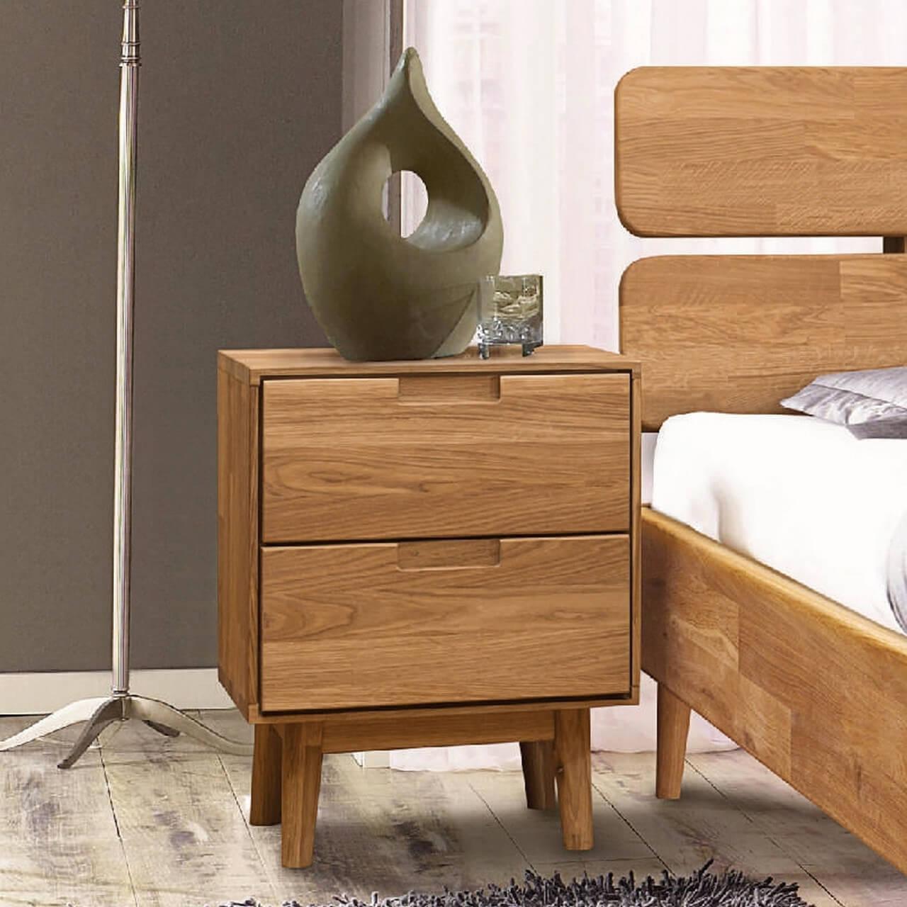 Фото деревянной тумбочки