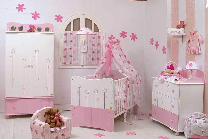 Детский комод розового цвета