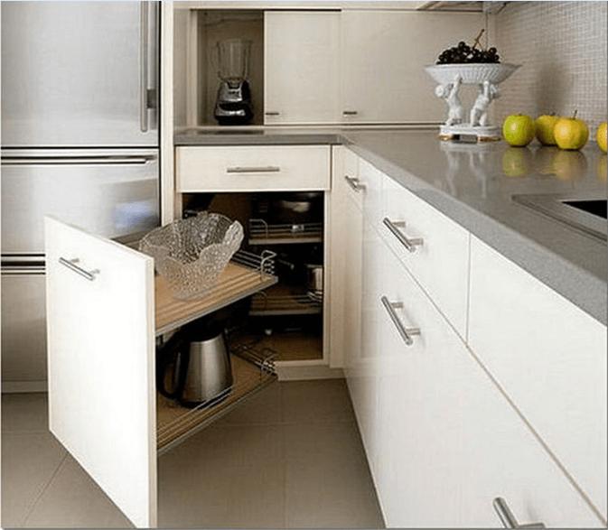 Кухонная тумба с ящиками белого цвета