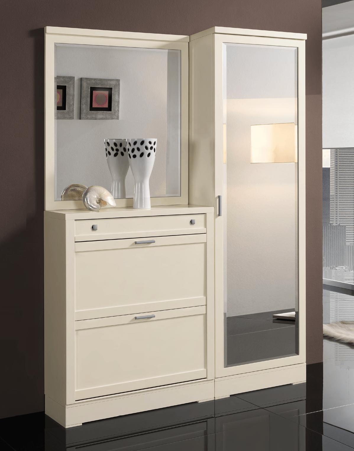 Тумба с зеркалом в прихожую белого цвета