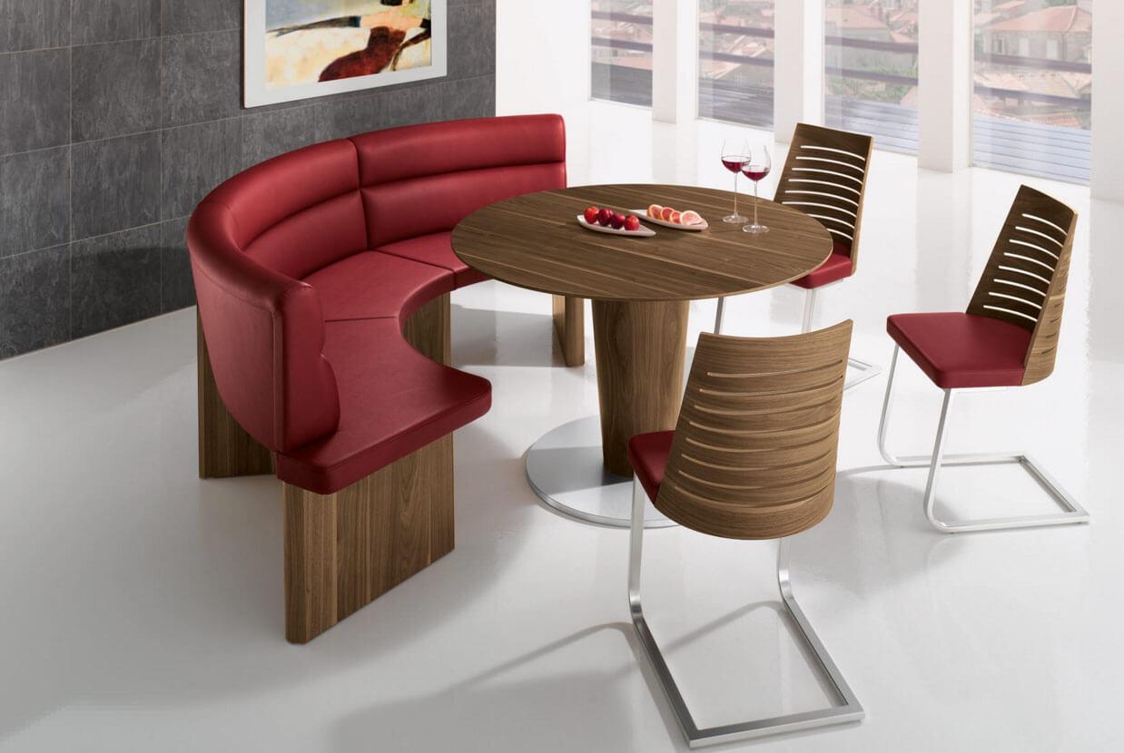 Современные кухонные стулья коричневого цвета