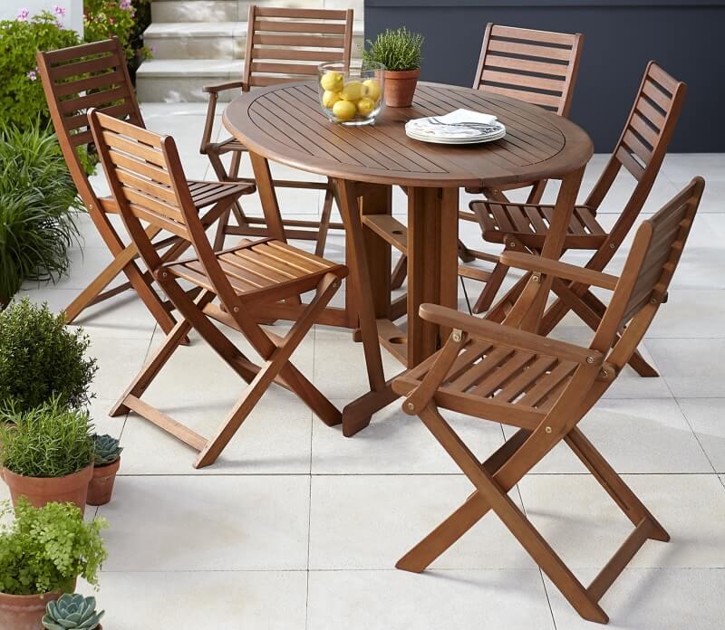 Садовые стулья из дерева