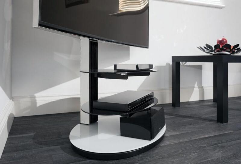 tumba-pod-televizor-s-kronshtejnom (28)
