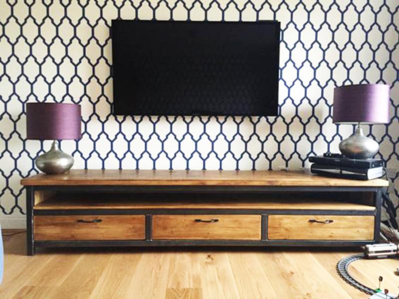 Тумба под телевизор в стиле Лофт
